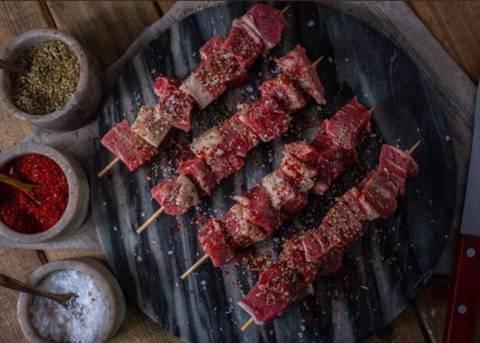 تكا لحم