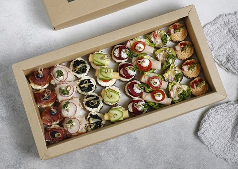 Customizable Canape Box - Medium