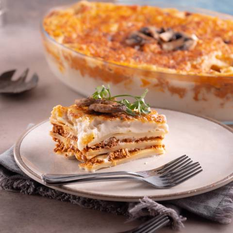 Lasagna with Beef - Medium